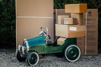 package-1511683__480