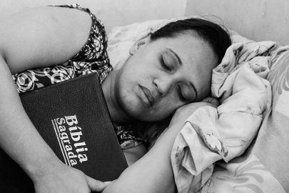 sleeping-670736__480